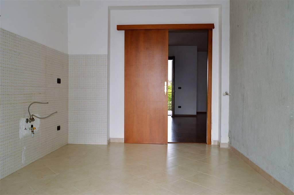 av935-Appartamento-SANTA-MARIA-CAPUA-VETERE-traversa-via-Melorio