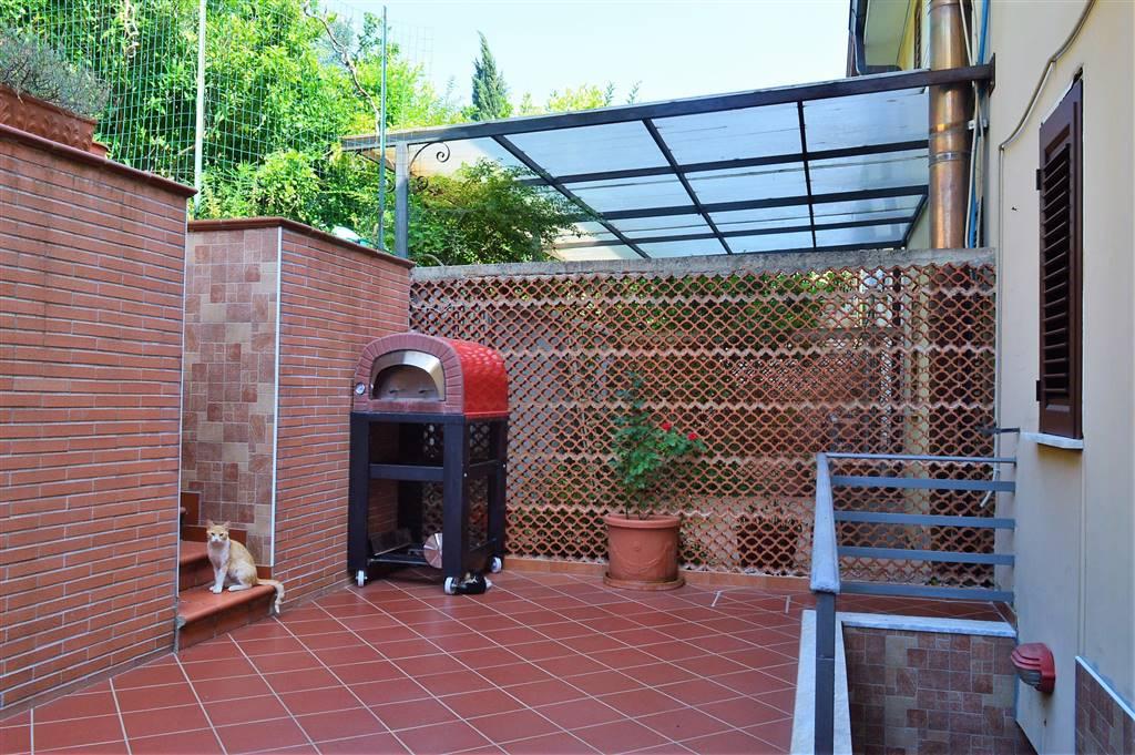 VVC043-Villa-CASERTA-via-Ruggero-Bonghi