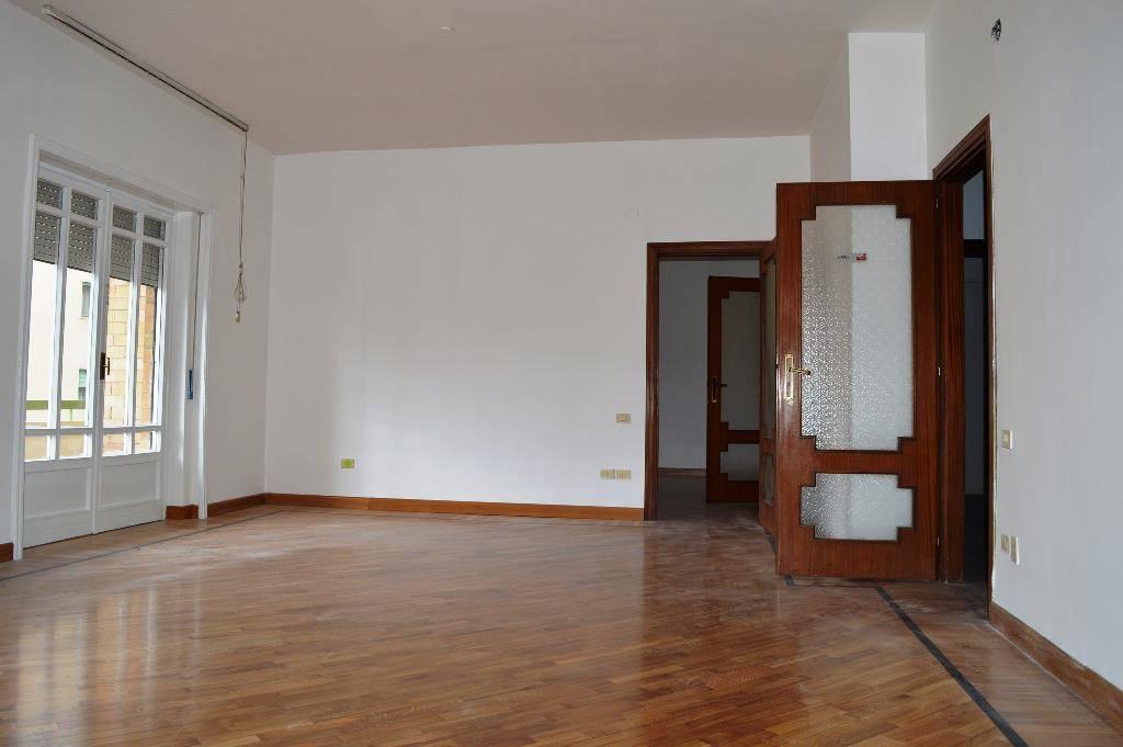 UF041-Ufficio-SANTA-MARIA-CAPUA-VETERE-via-luigi-sturzo