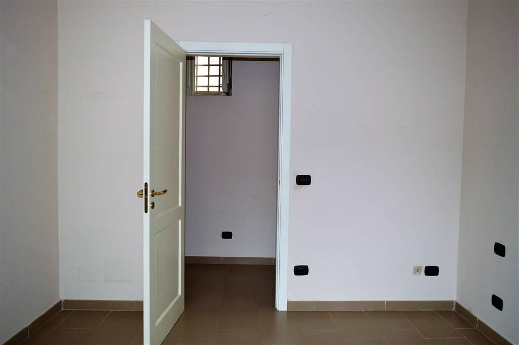 av926a-Appartamento-SANTA-MARIA-CAPUA-VETERE-Corso-Aldo-Moro