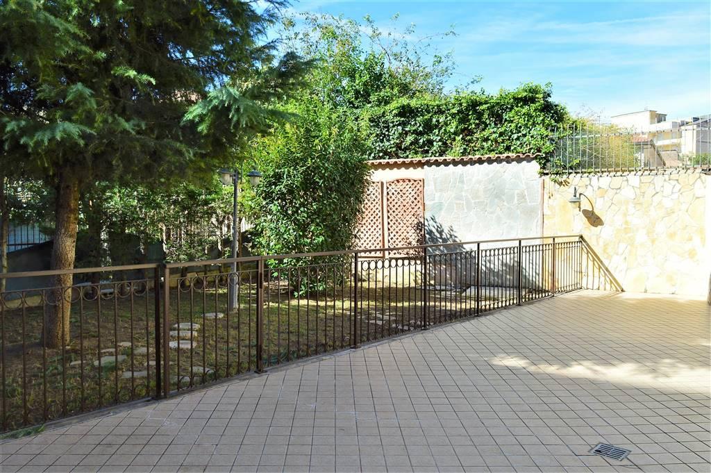 VV095-Villa-SANTA-MARIA-CAPUA-VETERE-VIA-AVEZZANA