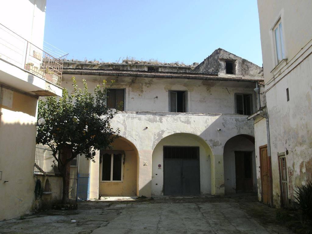 AV726A-Appartamento-SANTA-MARIA-CAPUA-VETERE-via-roma