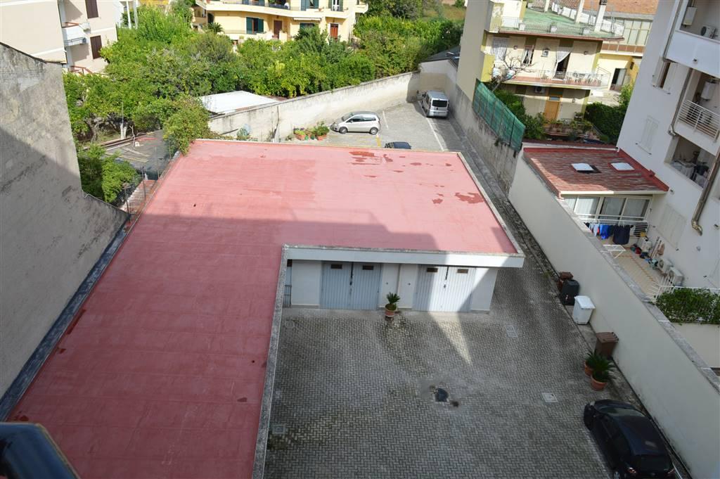 AF424A-Appartamento-SANTA-MARIA-CAPUA-VETERE-VI-AVEZZANA