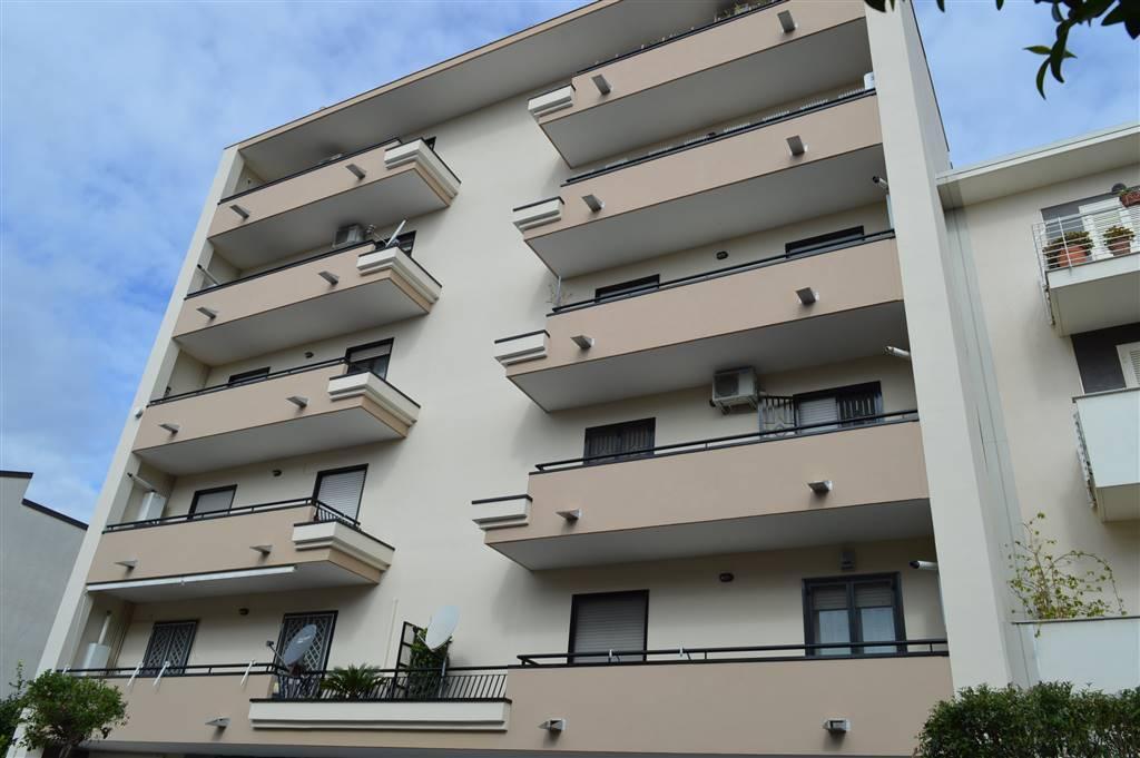 Trilocale in Vi Avezzana 30, Santa Maria Capua Vetere