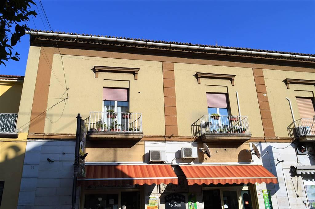 Trilocale in Via Raffaello Sanzio 1, Curti