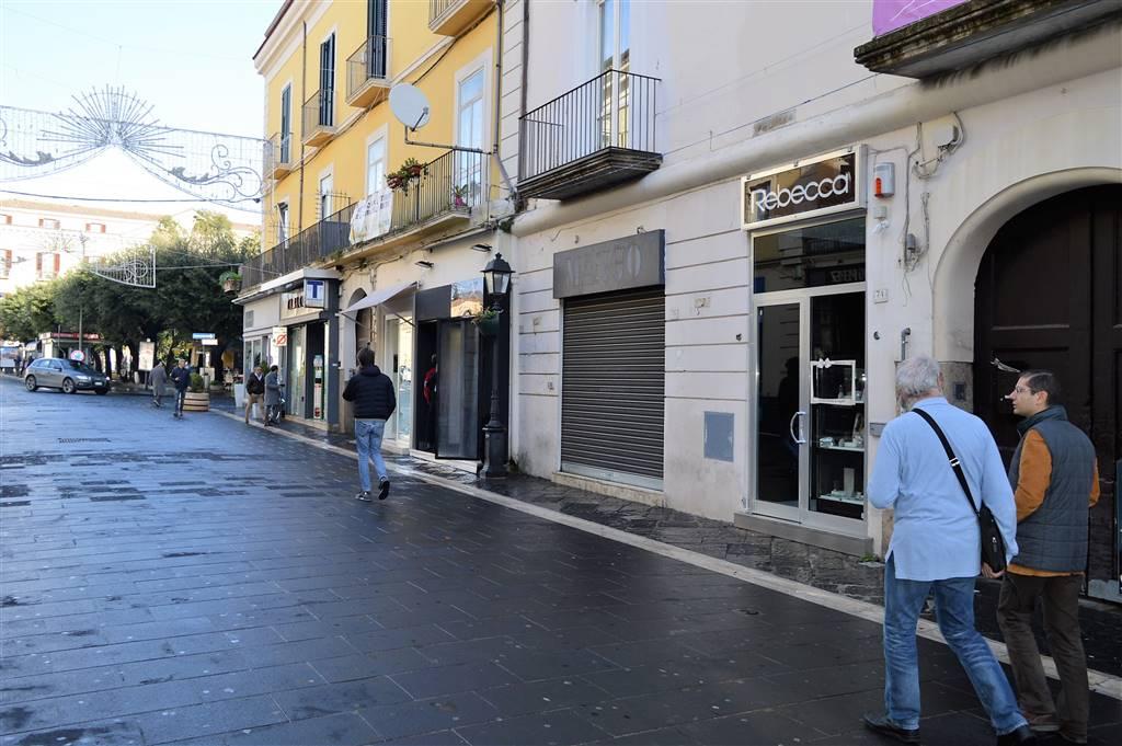 LFC202-Locale Commerciale-CASERTA-VIA-MAZZINI