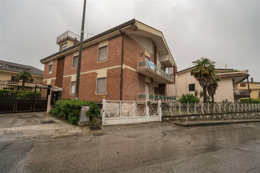 vvc044-Villa-CASERTA-VIA-GENNARO-PAPA