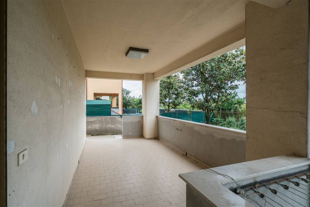 VV096-Villa-CAPUA-via-villarelle