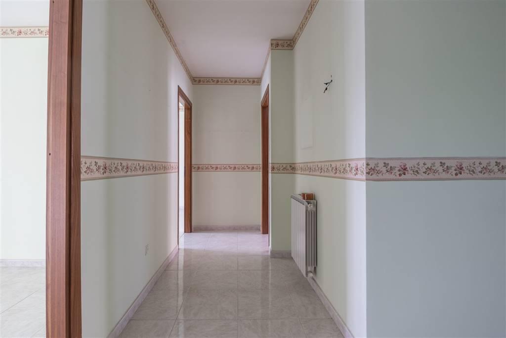 AVC877C-Appartamento-CASERTA-via-Monticello