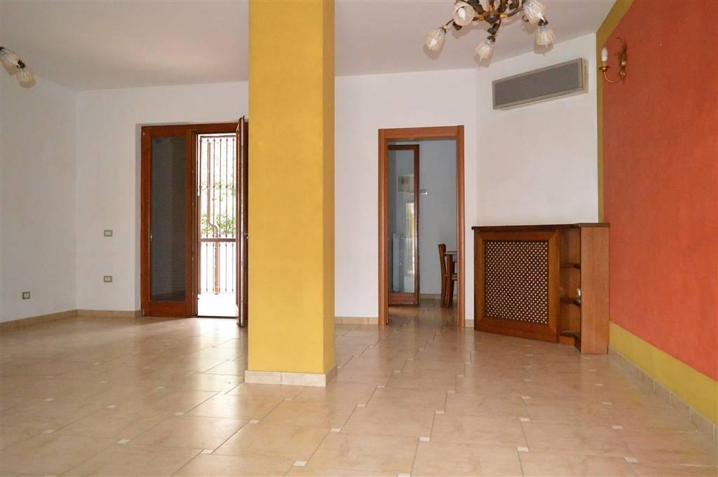 VV095A-Villa-SANTA-MARIA-CAPUA-VETERE-Via-Giuseppe-Avezzana