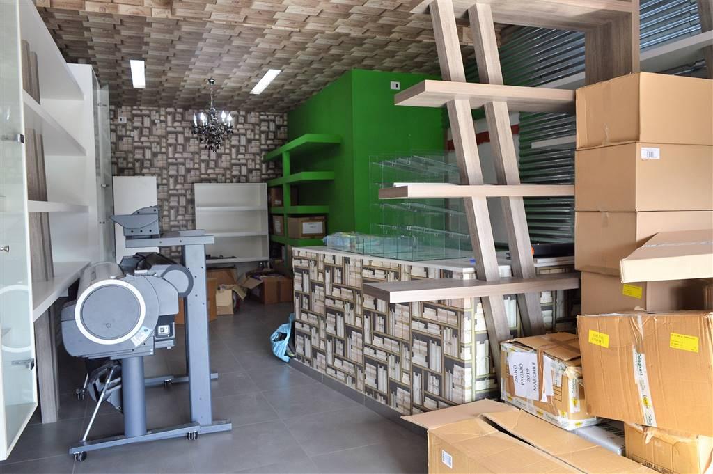 LF216-Locale Commerciale-SAN-MARCELLINO-Via-Giuseppe-Verdi
