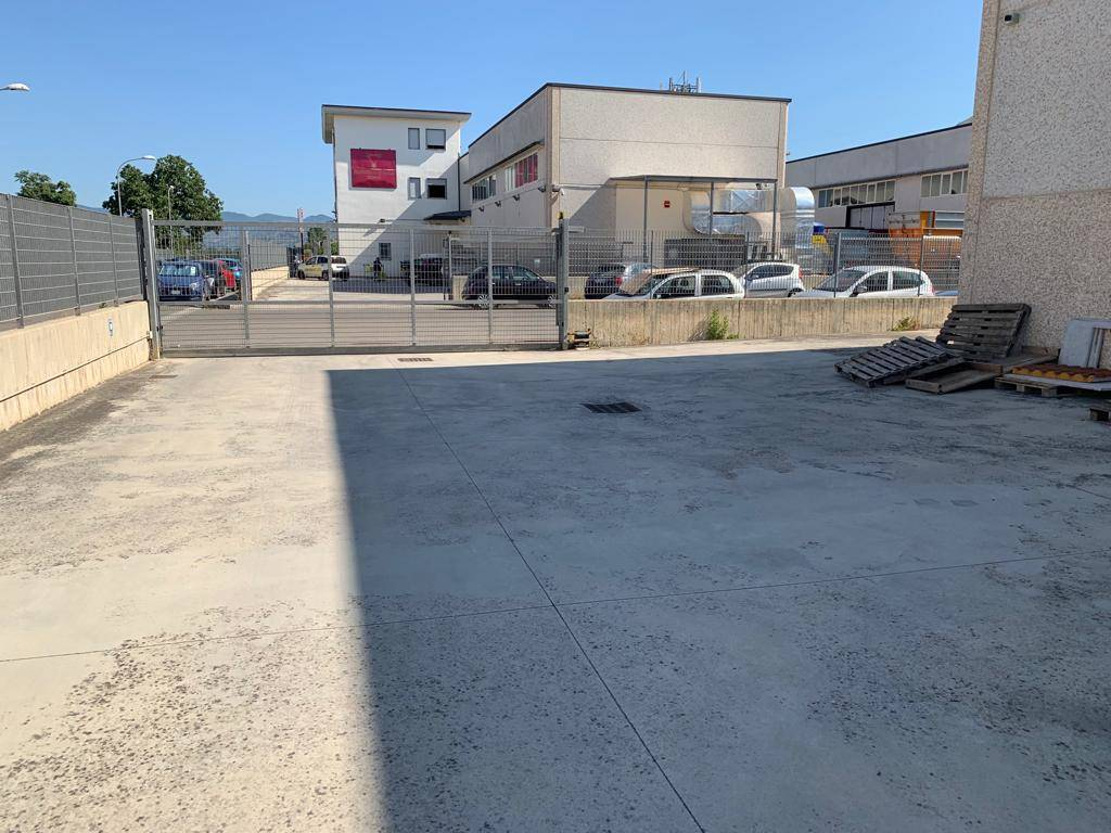 CF124-Capannone-SANTA-MARIA-CAPUA-VETERE-Via-Nicola-Giacumbi