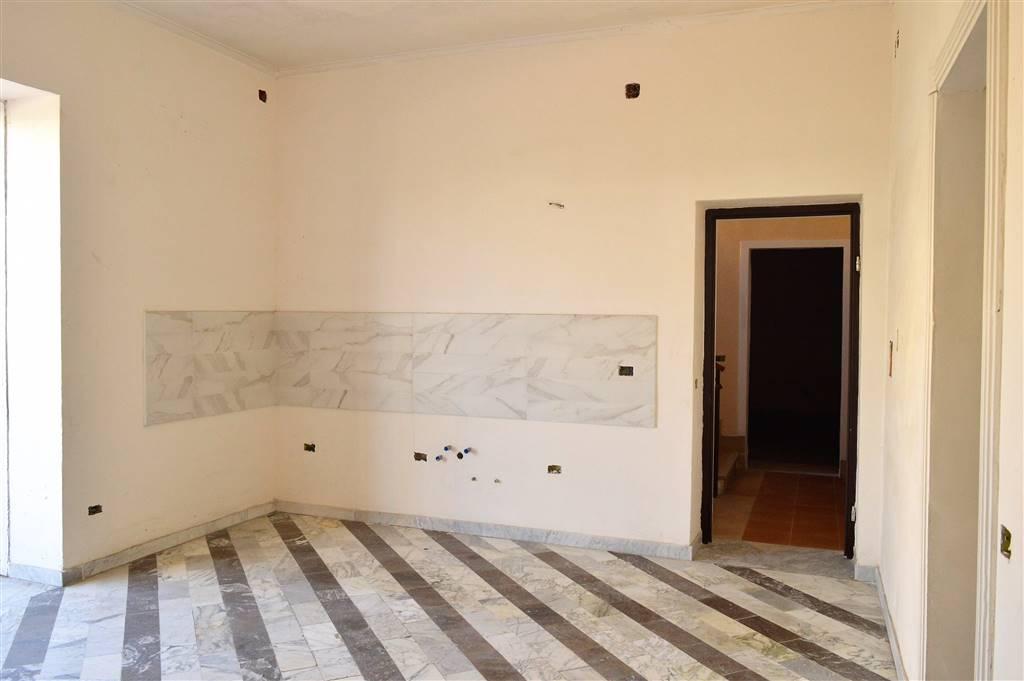 AV937A-Villa-SANTA-MARIA-CAPUA-VETERE-Via-Napoli-5-vico