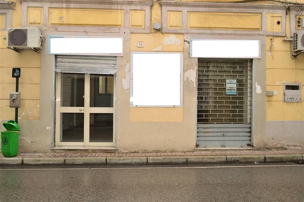 LF207A-Locale Commerciale-SANTA-MARIA-CAPUA-VETERE-Via-Mazzocchi