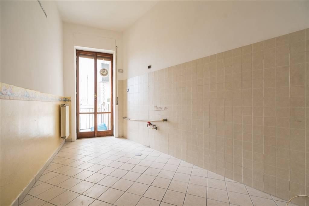 AV964A-Appartamento-SANTA-MARIA-CAPUA-VETERE-Piazza-Mazzini