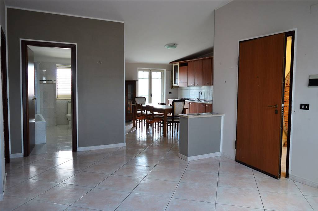 AF864-Appartamento-SANTA-MARIA-CAPUA-VETERE-Via-colonia-julia