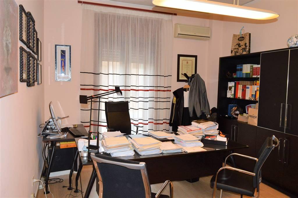 AF851A-Ufficio-SANTA-MARIA-CAPUA-VETERE-Via-Bonaparte