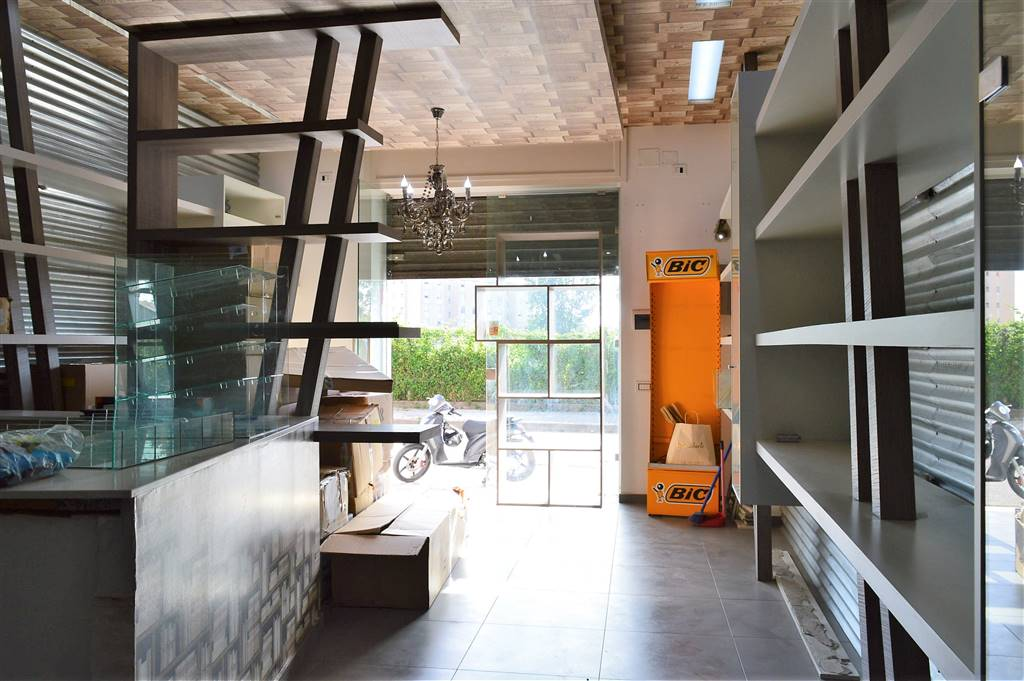 LF216A-Locale Commerciale-SAN-MARCELLINO-Via-Giuseppe-Verdi