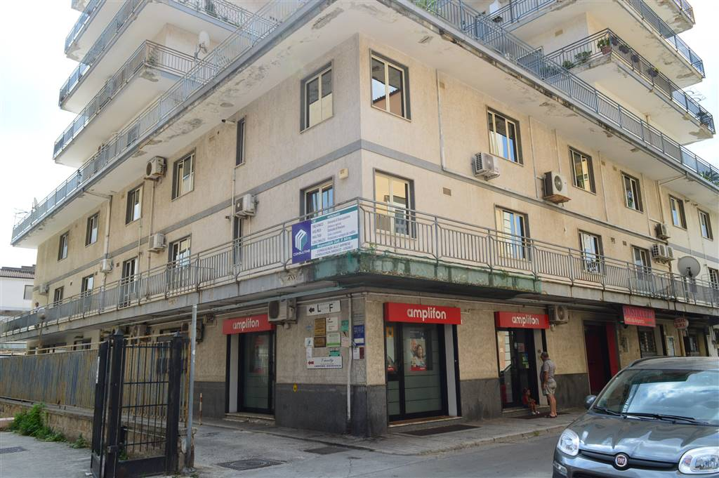 UF047B-Ufficio-SANTA-MARIA-CAPUA-VETERE-Via-Lugnano