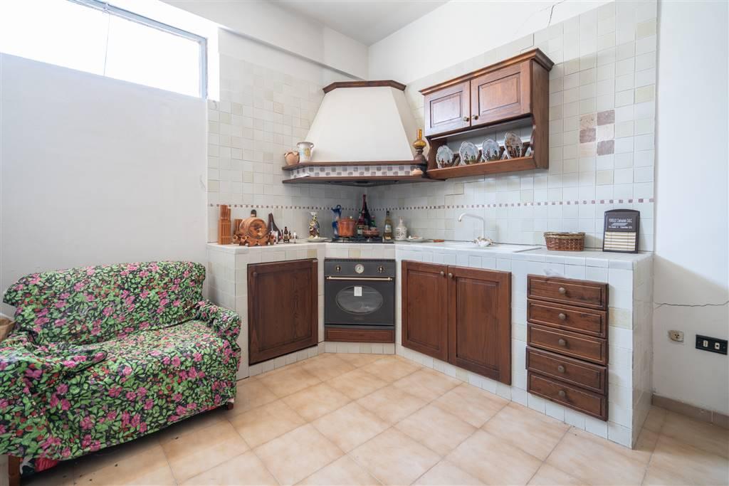 VVC045B-Villa-CASERTA-Via-Giovanni-Amendola