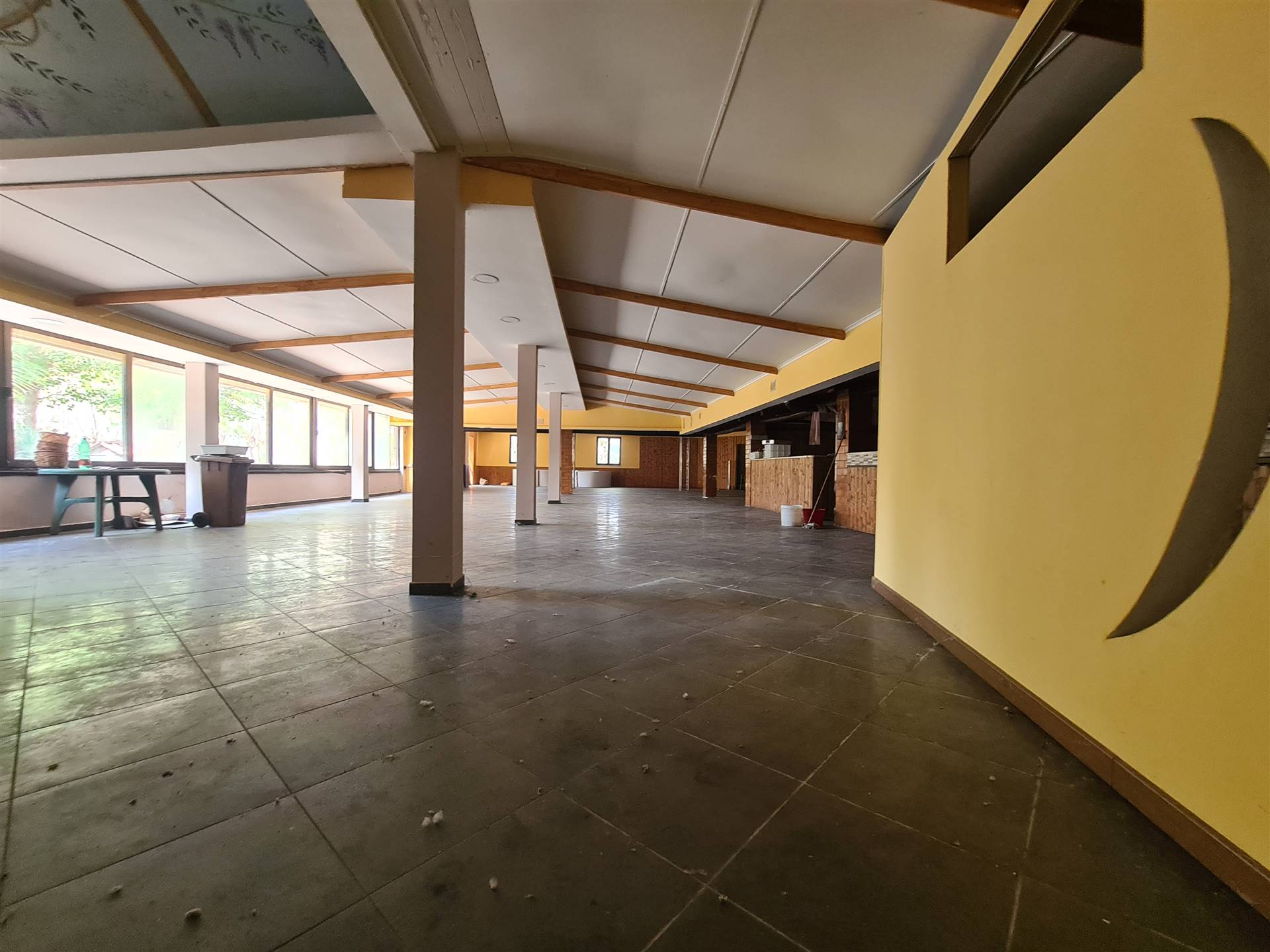 LV044D-Attivita Commerciale-PONTELATONE-Via-Ponte-Pellegrino