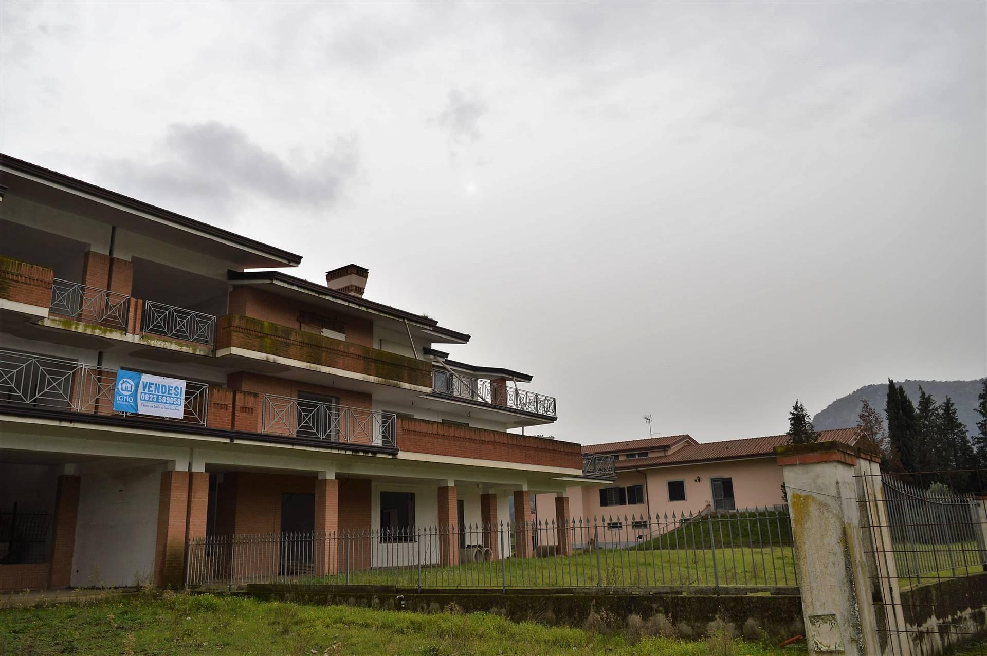 AV880D-Villa-VAIRANO-PATENORA-Via-Volturno
