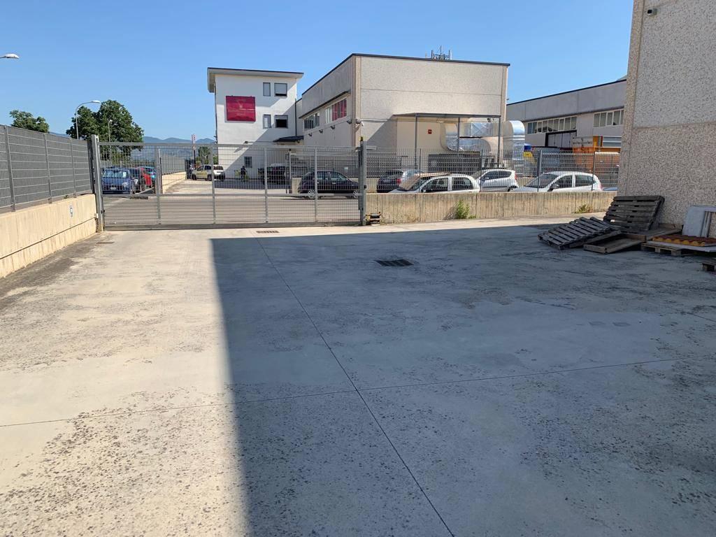 CF124B-Capannone-SANTA-MARIA-CAPUA-VETERE-Via-Nicola-Giacumbi