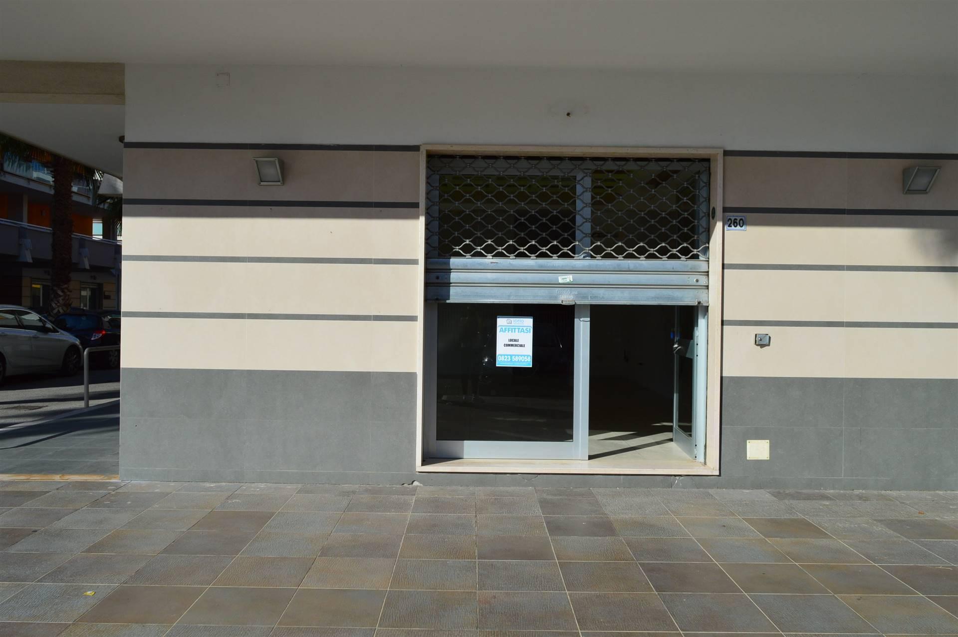 LV050B-Locale Commerciale-SAN-PRISCO-Via-Agostino-Stellato