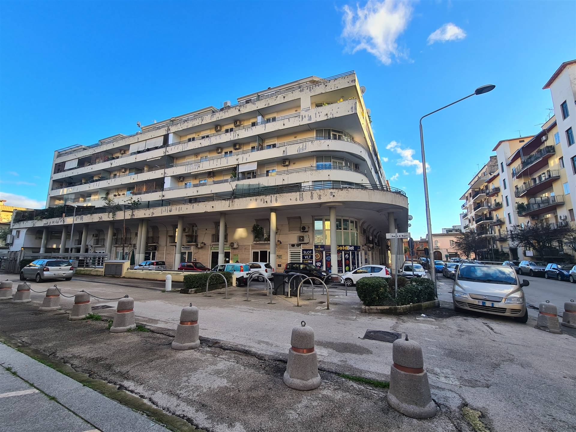 AFC144A-Appartamento-CASERTA--
