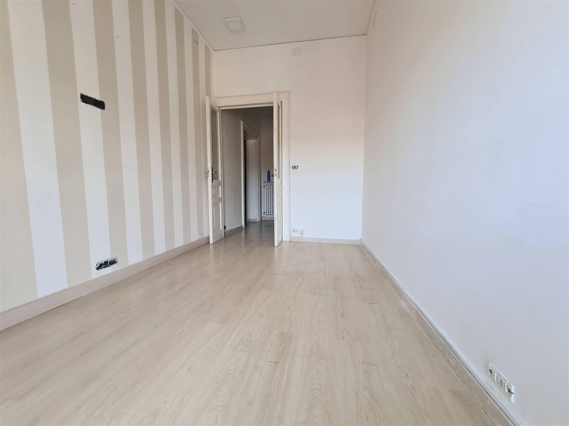 AV982-Appartamento-NAPOLI-Via-Colonnello-Carlo-Lahalle
