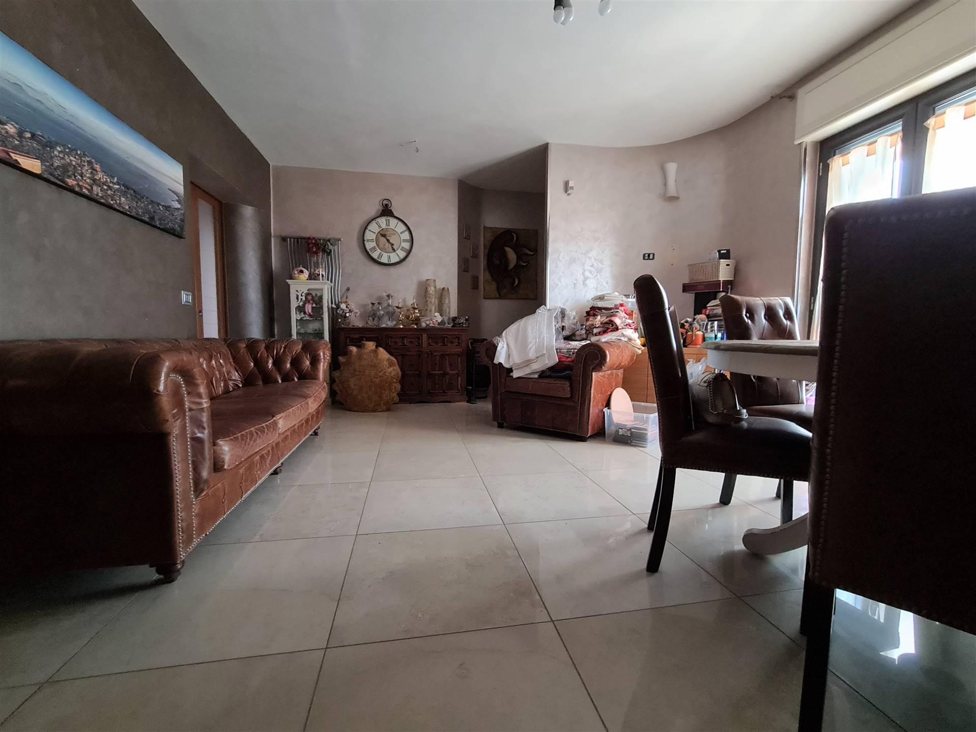 AV978A-Appartamento-MACERATA-CAMPANIA-Via-Albana