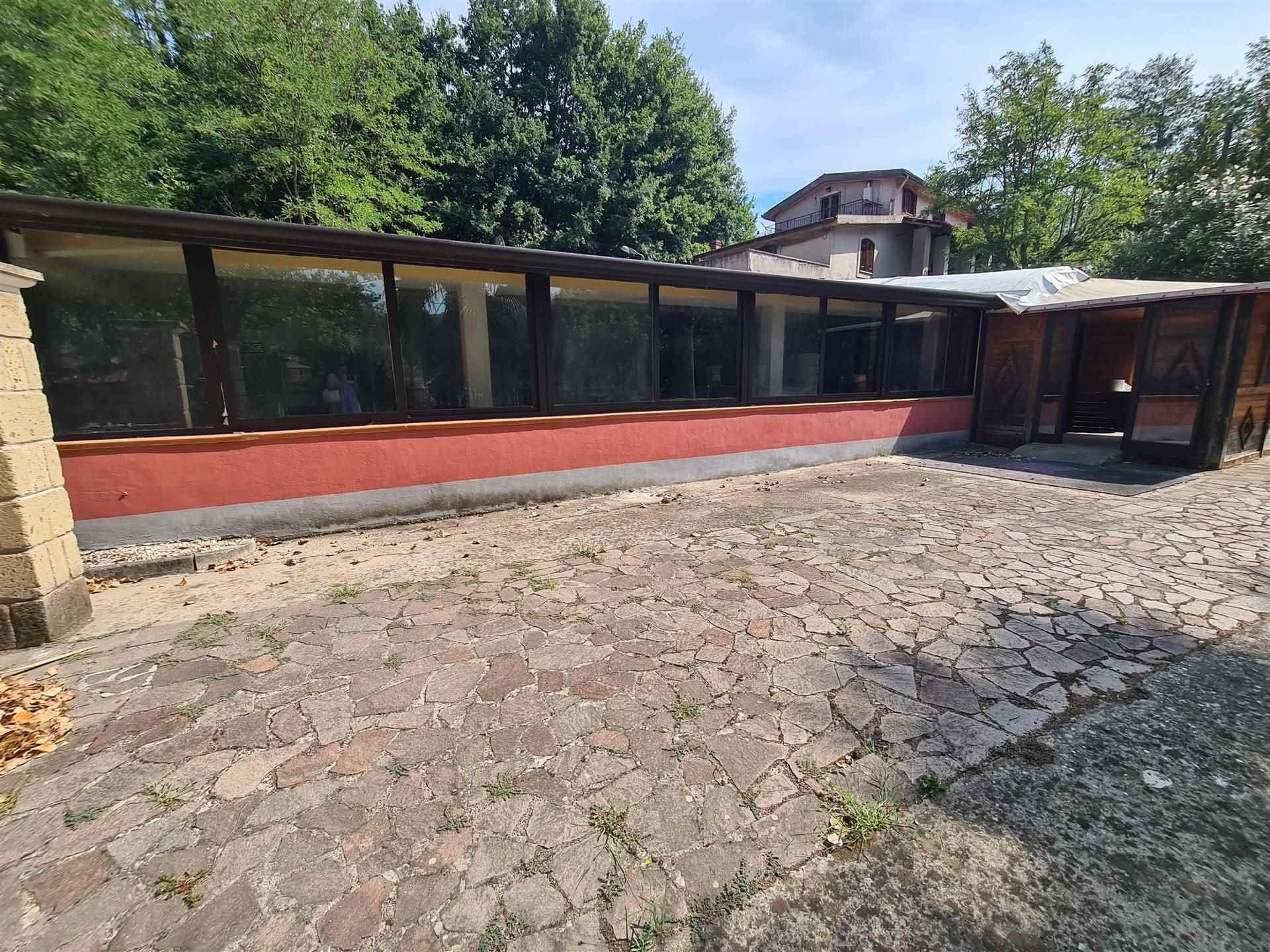 LV044E-Attivit? Commerciale-PONTELATONE-Via-Ponte-Pellegrino