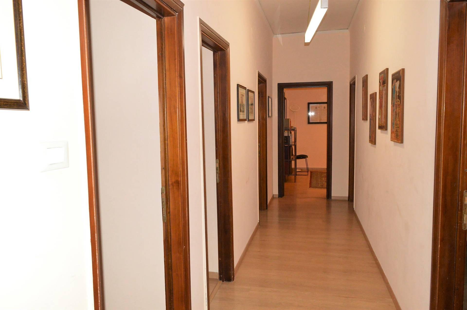 AF851C-Ufficio-SANTA-MARIA-CAPUA-VETERE-Via-Giuseppe-Bonaparte