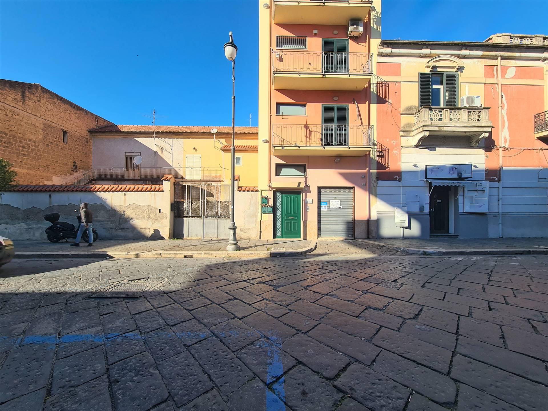LF227B-Locale Commerciale-SANTA-MARIA-CAPUA-VETERE-Corso-Aldo-Moro