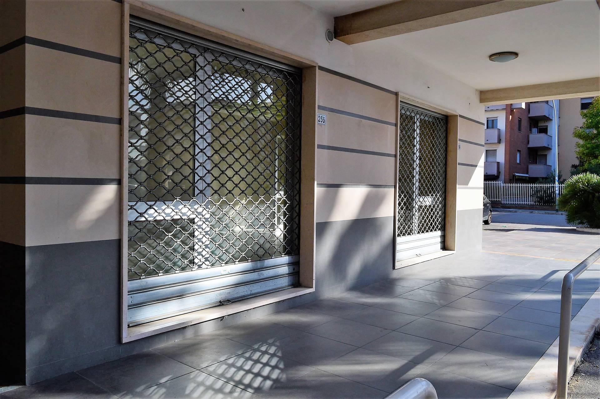 LV050C-Locale Commerciale-SAN-PRISCO-Via-Agostino-Stellato