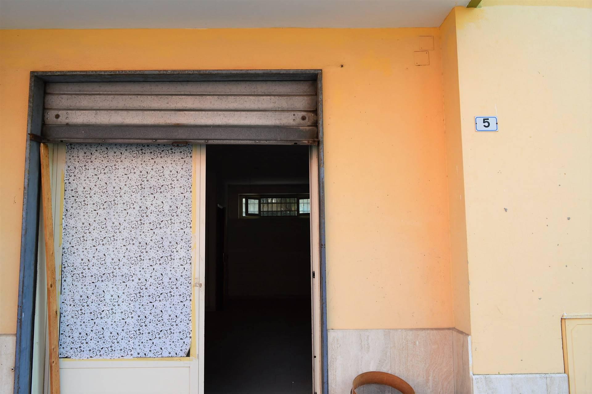 LF223B-Locale Commerciale-PORTICO-DI-CASERTA-Via-Tiziano-