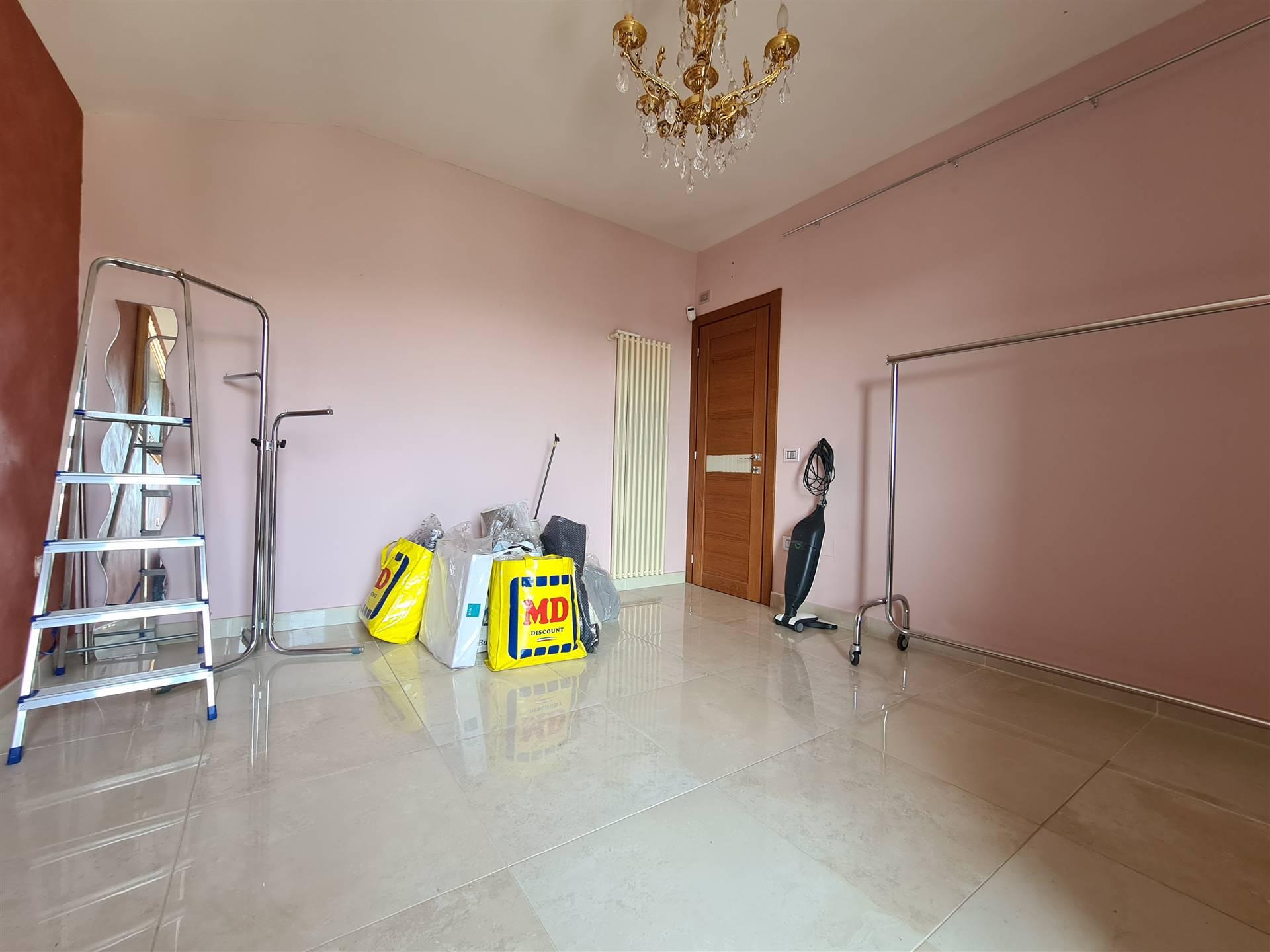 AV978B-Appartamento-MACERATA-CAMPANIA-Via-Albana-