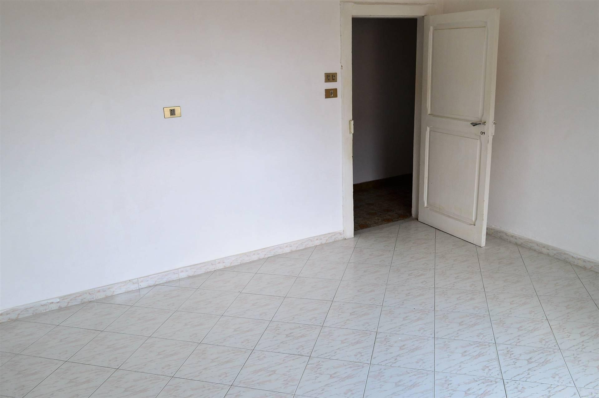 AV934C-Appartamento-CAPUA-Viale-Ferrovia-