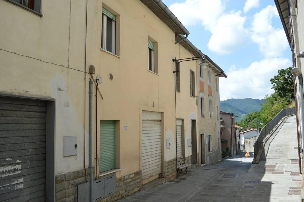 Soluzione Indipendente in vendita a Verghereto, 18 locali, prezzo € 195.000 | CambioCasa.it