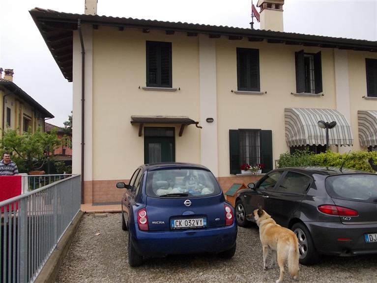 Casa semi indipendente in Via Piumazzo, Madonna Della Provvidenza, Castelfranco Emilia