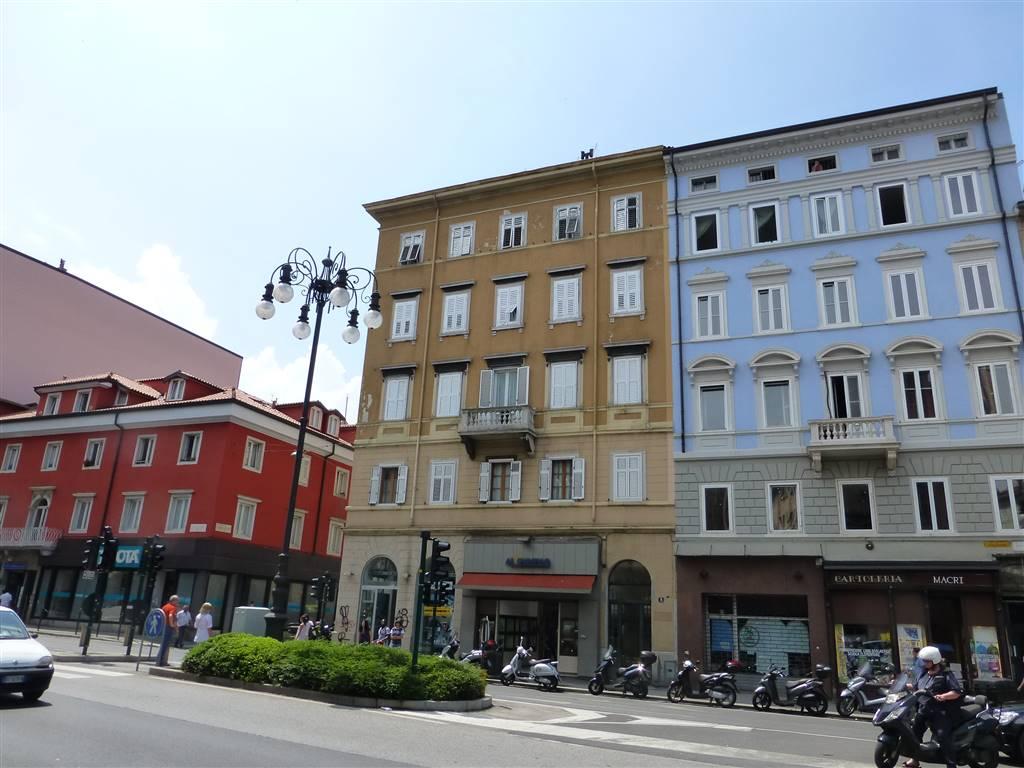 Appartamento in affitto a Trieste, 3 locali, zona Località: LARGO BARRIERA, prezzo € 550 | CambioCasa.it