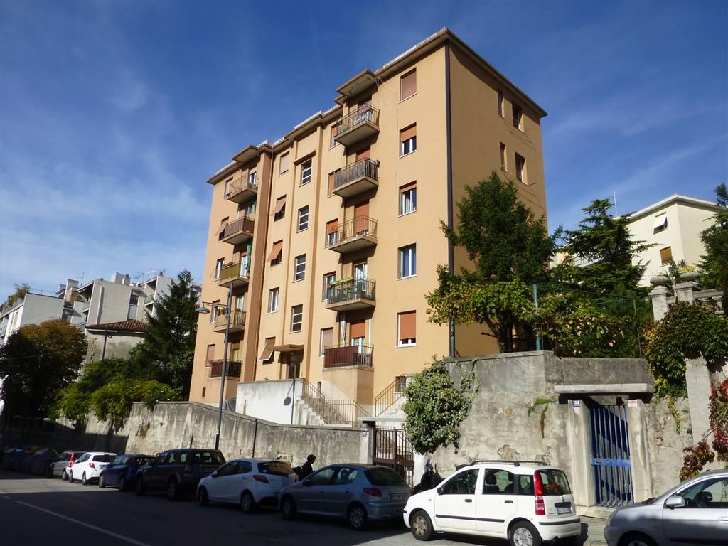 Trilocale in Via Revoltella 102, Trieste