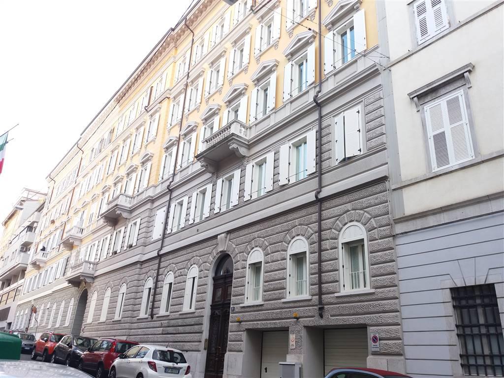 Quadrilocale, Centro Storico, Trieste, in ottime condizioni