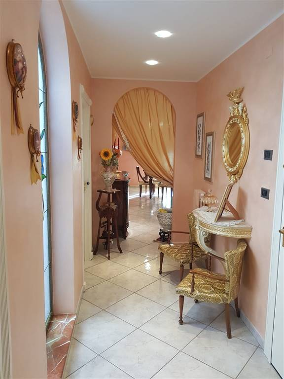 Appartamento in vendita a Barletta, 3 locali, zona Località: BARBERINI, prezzo € 129.000 | CambioCasa.it