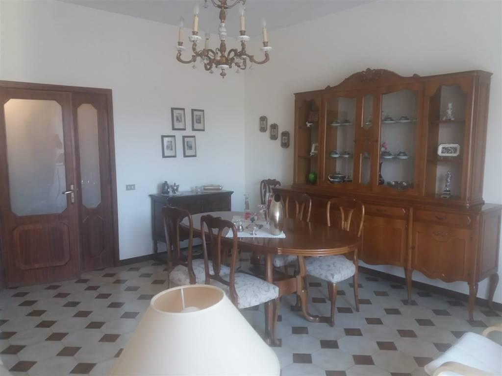 Quadrilocale in Via Santeramo, Barletta