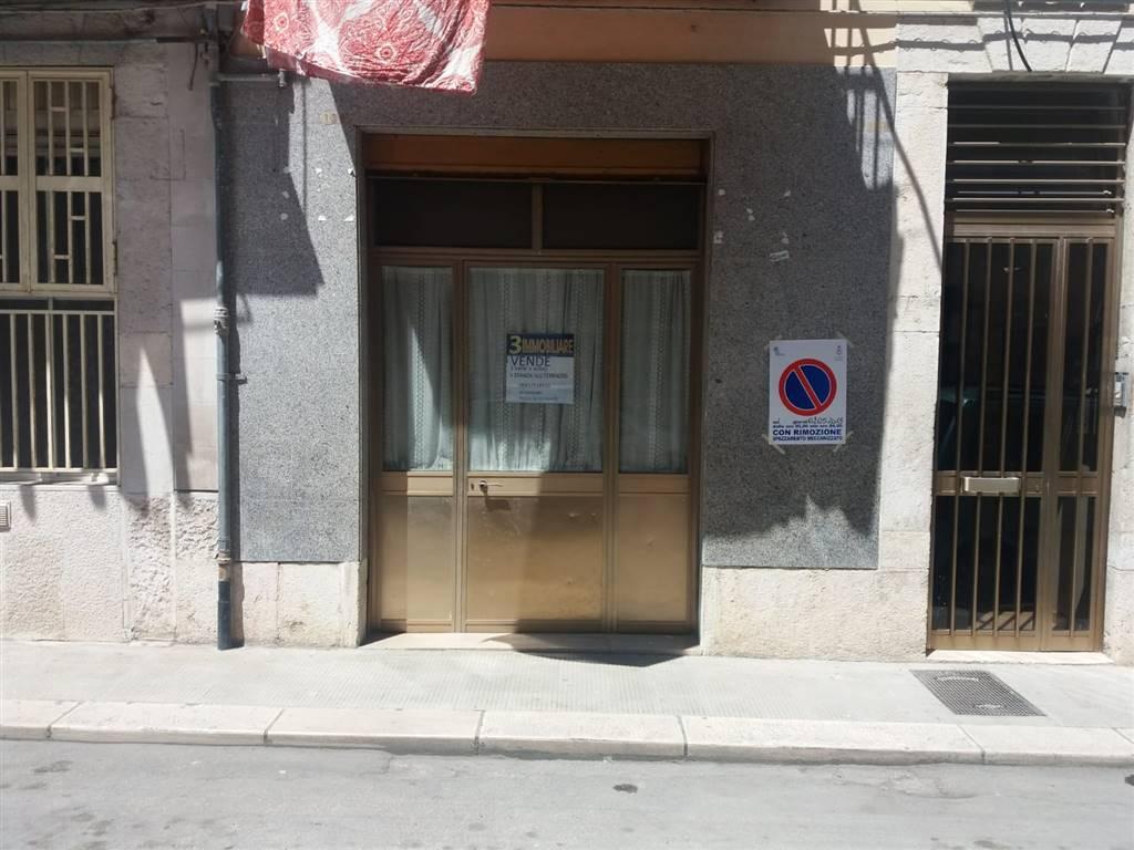Trilocale in Via D'assisi, Barletta