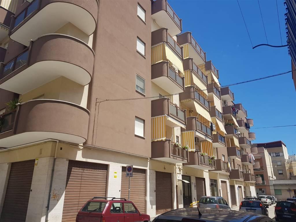Quadrilocale in Via Decesare, Barletta