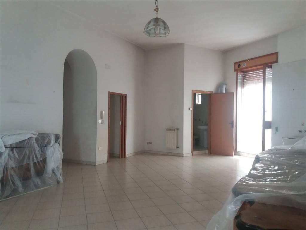Quadrilocale in Via Ettore Fieramosca, Barletta