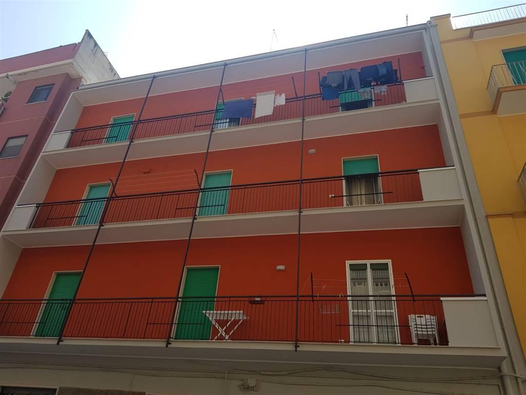 Appartamento in vendita a Barletta, 3 locali, prezzo € 95.000 | CambioCasa.it