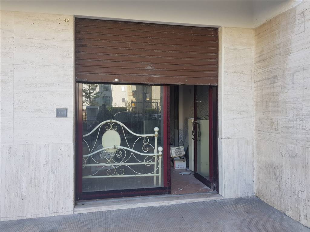 Attività / Licenza in vendita a Barletta, 2 locali, prezzo € 55.000 | PortaleAgenzieImmobiliari.it